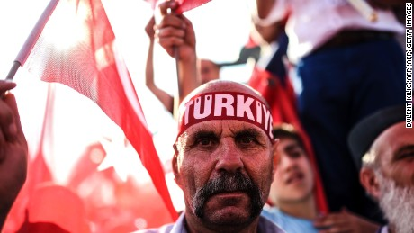 President Erdogan to rally: I support death penalty