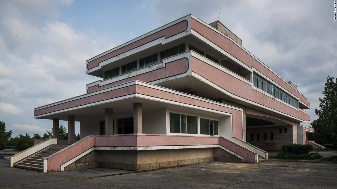 """""""A remote piece of modernist architecture used only as a quick stop for tourists on the way to visit the DMZ. It stays quiet most of the time with very little traffic passing through but has a warm presence of its own and sits with dignity in the empty landscape."""""""