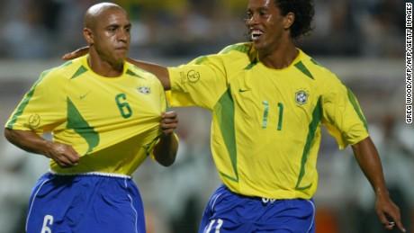 2002 World Cup winners Roberto Carlos and Ronaldinho.
