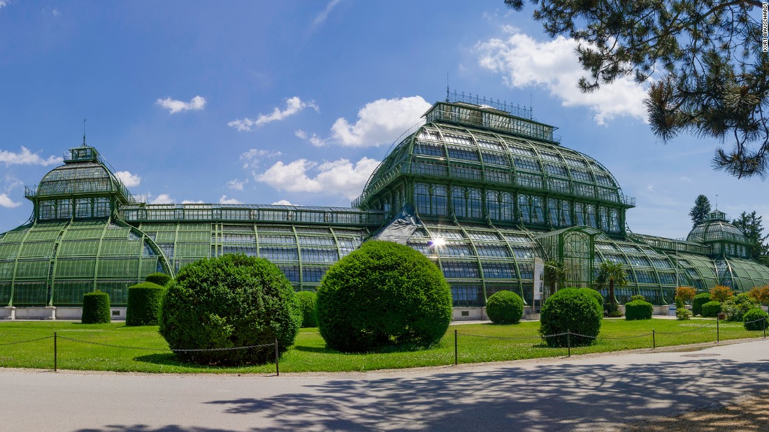 Listed as a UNESCO World Heritage site, this impressive structure in Austria consists of 5,000 sheets of glass and is the largest glass house in continental Europe. It is also the last of its type to be constructed on the continent. Its three pavilions contain different climate zones and are linked by tunnel-like passages.