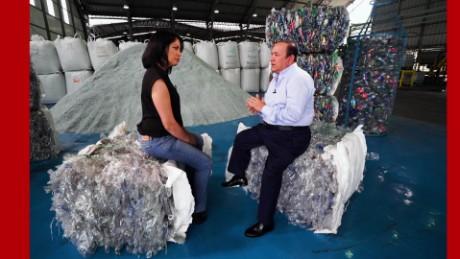 cnnee promo oficial fuerza en movimiento ecuador el negocio del reciclaje gabriela frias_00000613