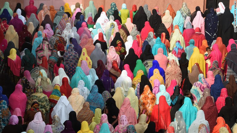 Do you know the difference between a hijab and a niqab? How about a burqa and a chador? Click through to read about the different types of headscarves worn by some Muslim women.