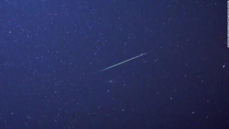 cnnee pkg digital perseidas estrellas cielo astronomia _00000000
