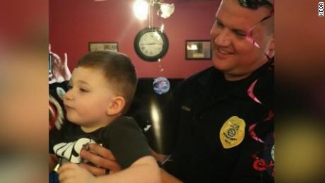 cnnee rec vo niño autista policias _00001803