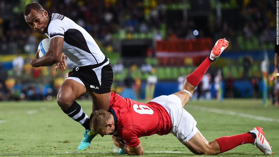 Osea Kolinisau scores Fiji's first try in the final.