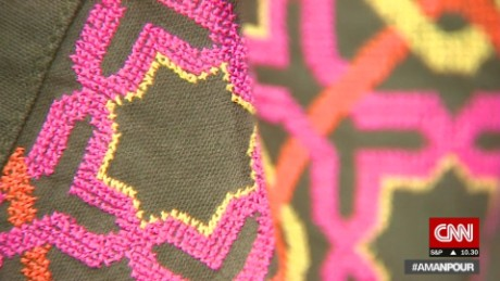 pkg amanpour every stitch tells a story_00005218