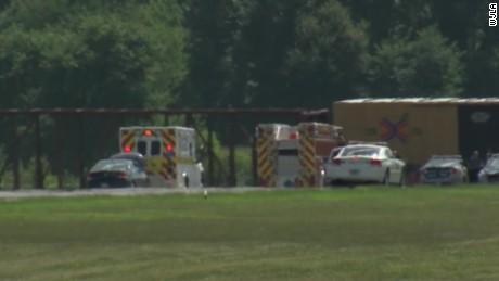 Virginia plane crash kills six_00004018
