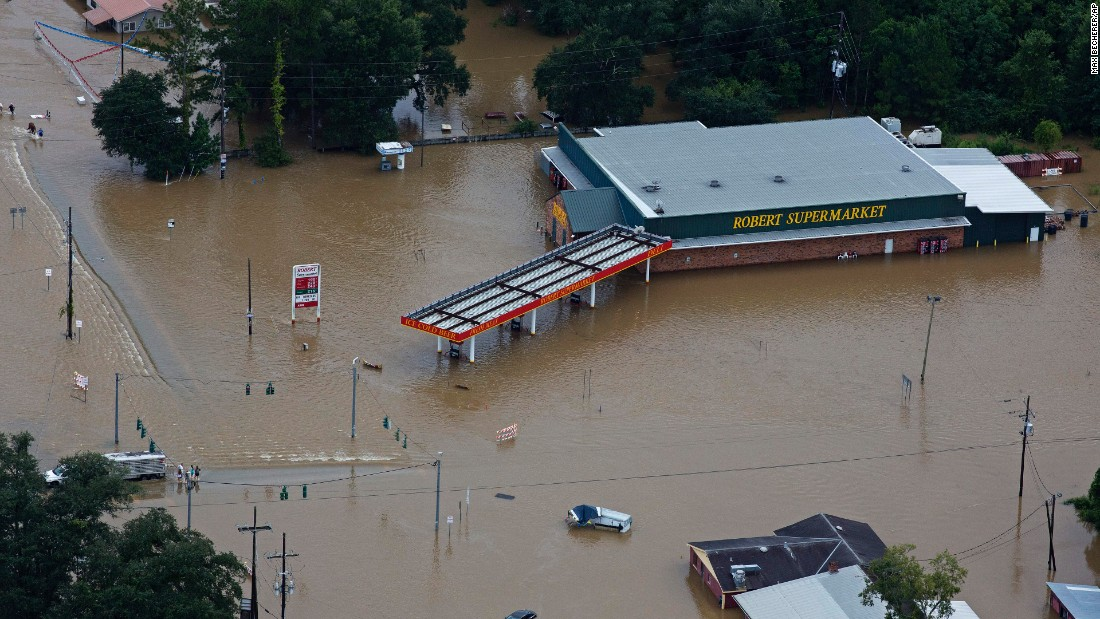 Photos: Louisiana flooding is 'major disaster,' governor says