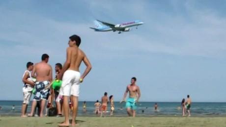 travel industry terror attacks isa soares pkg_00003708
