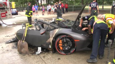Lamborghini erupts in flames Chicago PKG_00000906