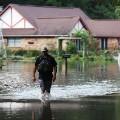 06 la-flooding 0815