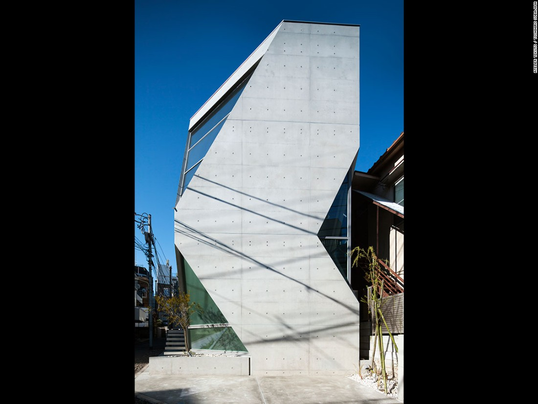 Located in the heart of Tokyo, this 1,117-square-foot residence is built on a 700-square-foot plot of land. Atelier Tekuto incorporated a thermal circulation system and eco-friendly materials -- inventing a new type of recyclable concrete called Shirasu, made from volcanic ash deposits.