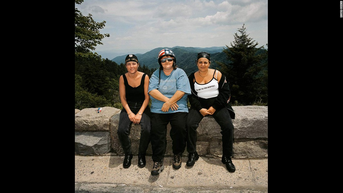 <em>Three Women at Overlook, Great Smoky Mountains National Park, North Carolina, 1999. </em>After his first trips in the 1980s, Minick resumed the series in the late 1990s, photographing sightseers in the Midwest and the East.