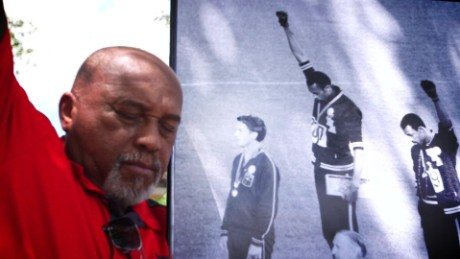 Olympics Tommie Smith reflections_00015603