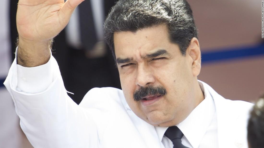 Venezuela halts effort to recall president