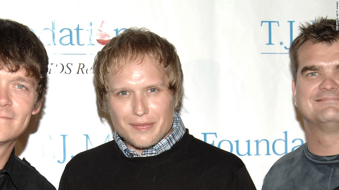 Matt Roberts, former guitarist of the band 3 Doors Down, died Saturday, August 21, his father said.