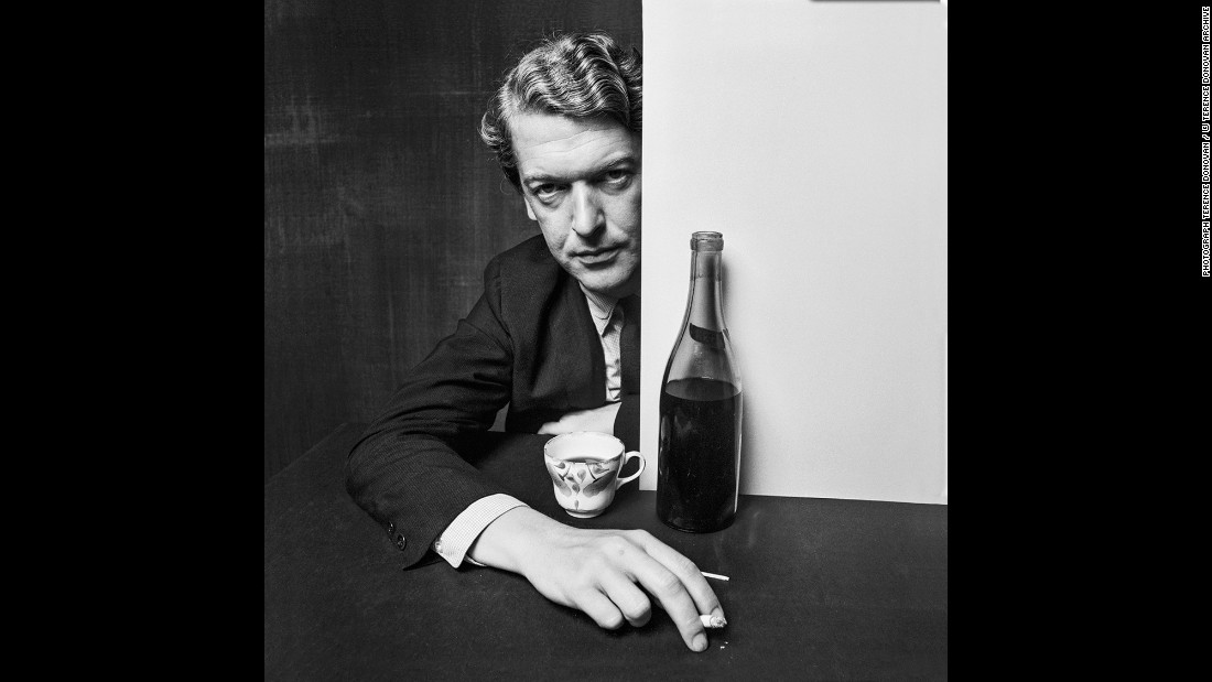 Kingsley Amis, a writer, in August 1960.