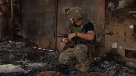 phil black ukraine front lines_00005308.jpg