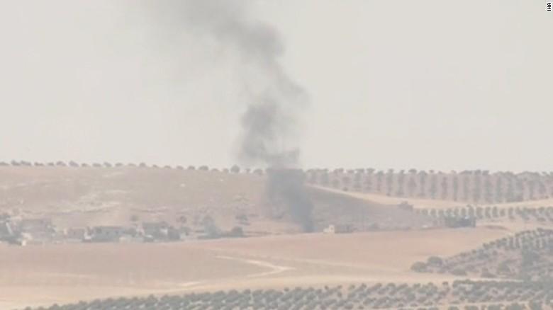 turkey syria border wedeman lkl_00002117