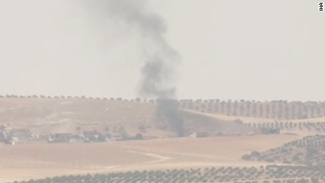 Turkish forces strike ISIS targets in Syria