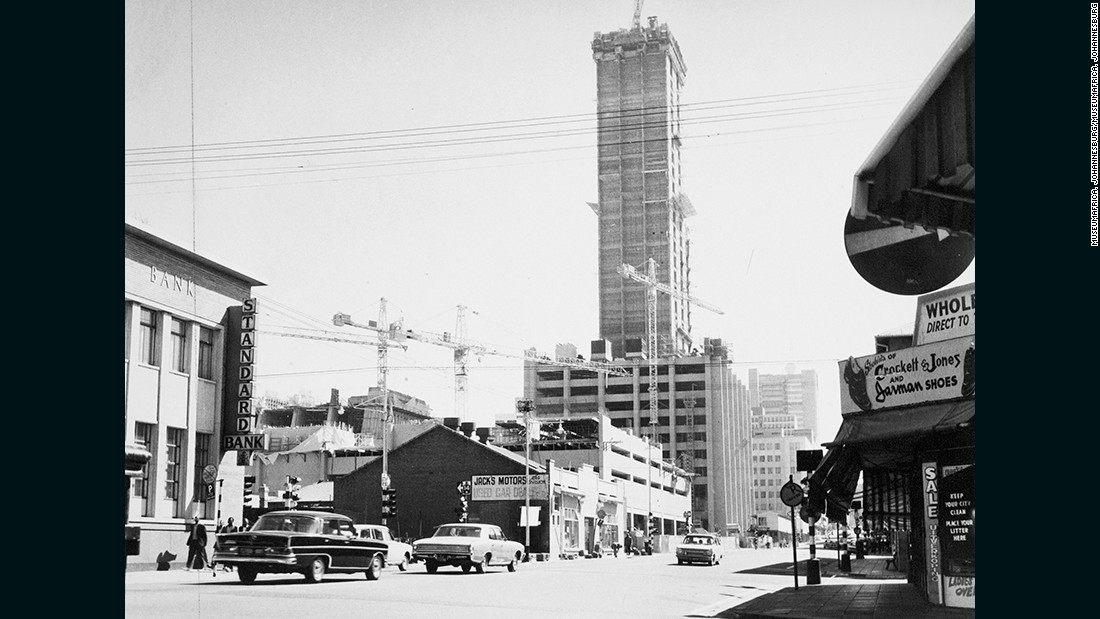 Construction of the Carlton Centre in 1973, on the site of the Carlton Hotel. The Centre was, and remains, the tallest skyscraper in Africa at 223 meters, and represented an ambitious step forward for the city.