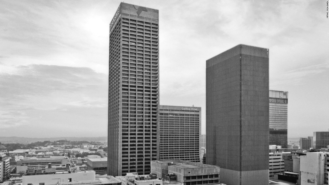 The 50-storey colossus includes shopping malls and offices for companies such as transport group Transnet, although it has struggled to maintain occupancy rates. <br /><br />The center is also a popular tourist attraction, offering unrivaled views of the city. <br />
