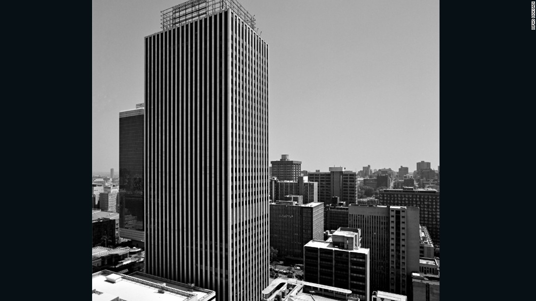The Marble Towers have fared better since opening in 1973. The 32-floor skyscraper serves as the headquarters of Sanlam insurance, and is also referred to as the Sanlam Sentrum.