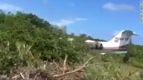 cnnee nat j balvin accidente avion bahamas gracias milagro_00000130.jpg