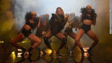 NEW YORK, NY - AUGUST 28:  Beyonce performs onstage during the 2016 MTV Video Music Awards at Madison Square Garden on August 28, 2016 in New York City.  (Photo by Kevin Mazur/WireImage)