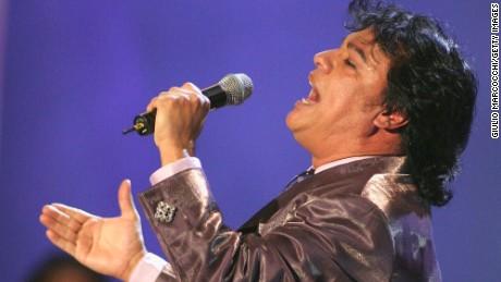 """Juan Gabriel performs at the """"el Premio de la Gente 2003"""" Latin Music Fan Awards at the Mandalay Bay Hotel on October 16, 2003 in Las Vegas, Nevada."""