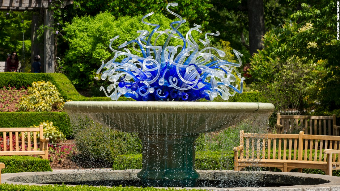 """Created for the garden's 2004 show, the """"Blue and White Parterre Fountain"""" installation is part of its permanent collection."""