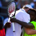 Frances Tiafoe embrace John Isner US Open Round 1
