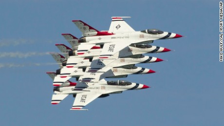 August 19, 2016: Chicago, Illinois, U.S. - U.S. Air Force Thunderbirds Demonstration Squadron perform at the practice for the 2016 Chicago Air & Water Show in Chicago, IL. Mike Wulf/CSM (Cal Sport Media via AP Images)