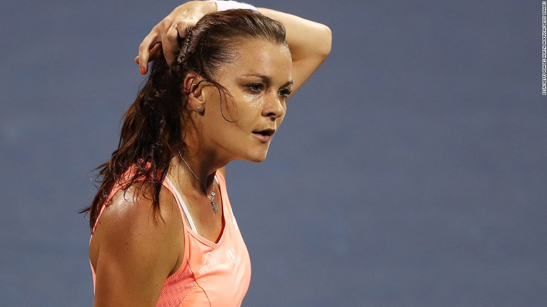 The players may have struggled in the searing heat -- temperatures were again tipping 30˚C on Tuesday -- but fourth seed Agnieszka Radwanska wasted little energy in her opening match brushing aside American Jessica Pegula 6-1 6-1.