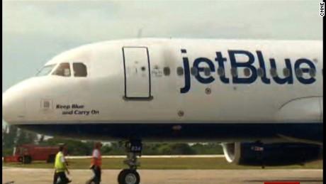 cnnee brk jet blue llega a cuba _00003410