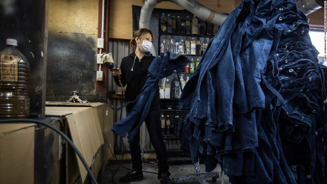 The denim in Okayama is often dyed using older machinery, but for some premium products, the denim is hand-dyed.