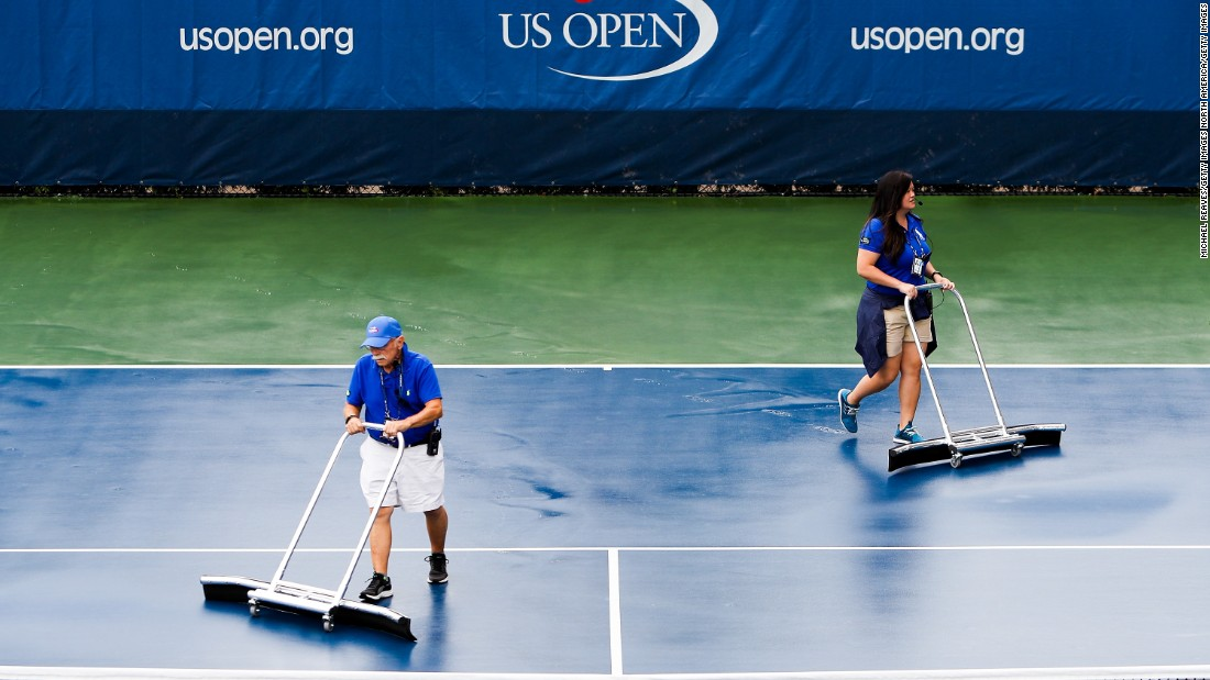 Rain hit New York on Thursday, which made for unplayable outer courts for a time. But thankfully there was a roof over center court this year ...
