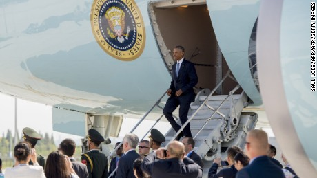 US President Barack Obama disembarks from Air Force One upon arrival at Hangzhou Xioshan International Airport in Hangzhou on September 3, 2016. World leaders are gathering in Hangzhou for the 11th G20 Leaders Summit from September 4 to 5. / AFP / SAUL LOEB        (Photo credit should read SAUL LOEB/AFP/Getty Images)