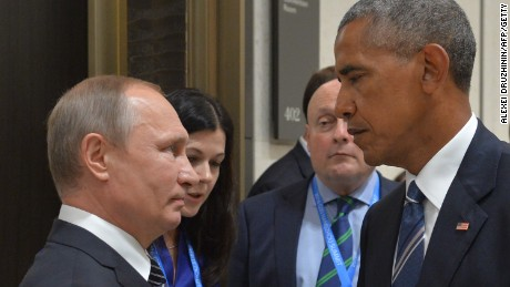 TOPSHOT - Russian President Vladimir Putin (L) meets with his US counterpart Barack Obama on the sidelines of the G20 Leaders Summit in Hangzhou on September 5, 2016. / AFP / SPUTNIK / ALEXEI DRUZHININ        (Photo credit should read ALEXEI DRUZHININ/AFP/Getty Images)