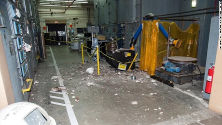 Photos show US nuclear facilities in dangerous disrepair