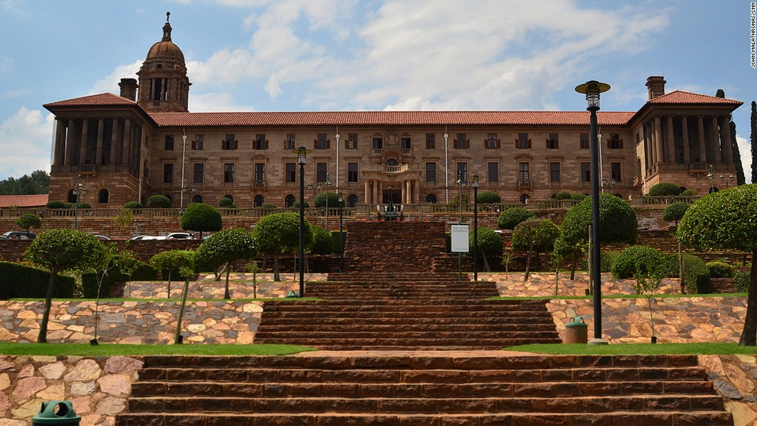 The Union Buildings, the offices of South Africa's president, were designed by Herbert Baker in 1911.