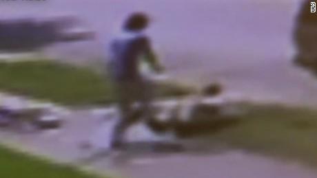 chicago violence 71 year old man shot pkg_00001827