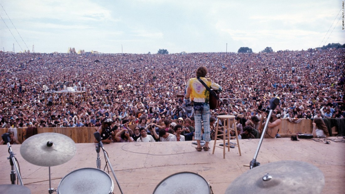 """""""They were expecting maybe 150,000 people and they got 500,000 people. We're looking at it as a kind of Utopia. If you can gather 500,000 people together who are like-minded, that makes a huge difference."""" <br /><em><br />John Sebastian performing at Woodstock</em>"""