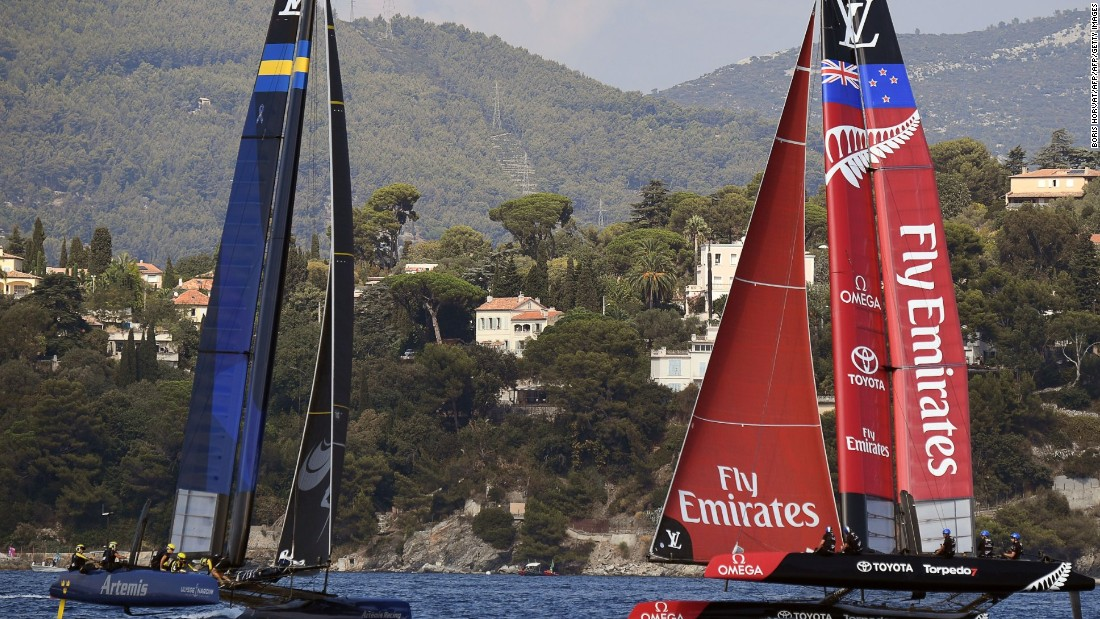 Artemis laid the foundations for its overall victory in Toulon with two race wins out of three on the first day of competition off Toulon.