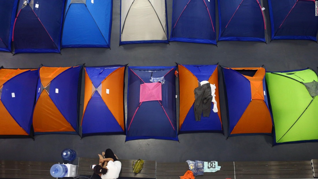 """For the past five years, Tianjin University in northern China has provided free accommodation for parents in what it calls """"tents of love."""""""