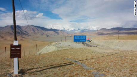 Road to Tashgurkan