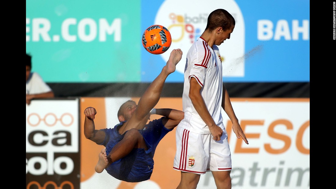 Paolo Palmacci goes for the ball during a qualifying match against Hungary in the 2017 FIFA Beach Soccer World Cup in Jesolo, Italy, on Friday, September 9.