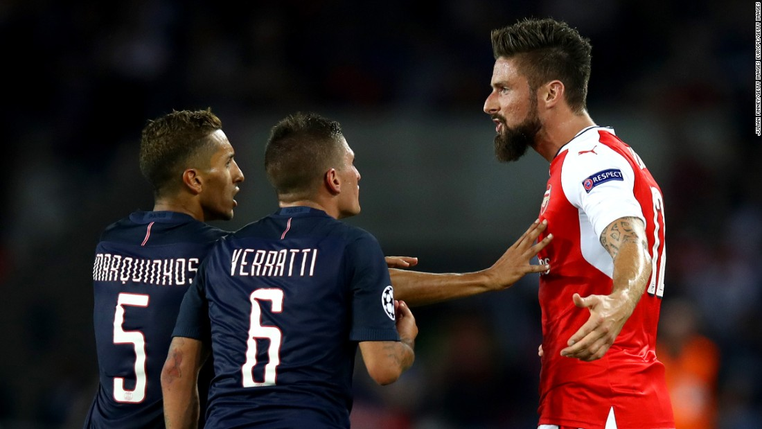 Marco Verratti and Olivier Giroud clash seconds before their red cards as Arsenal came from behind to earn a 1-1 draw at Paris Saint-Germain.