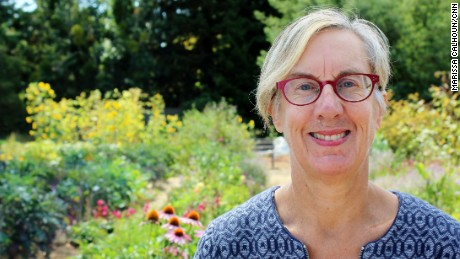 CNN Hero Cathryn Couch runs the Ceres Community Project to bring healthy meals to ill clients in Northern California.