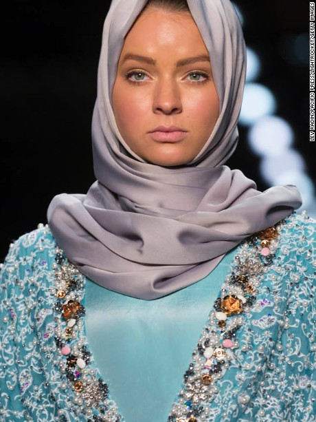 MOYNIHAN STATION, NEW YORK, UNITED STATES - 2016/09/12: Model walks runway for Anniesa Hasibuan collection during New York Fashion week at Moynihan station. (Photo by Lev Radin/Pacific Press/LightRocket via Getty Images)